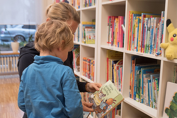Nachbarschaftstreff Oslostraße: Kinderbibliothek