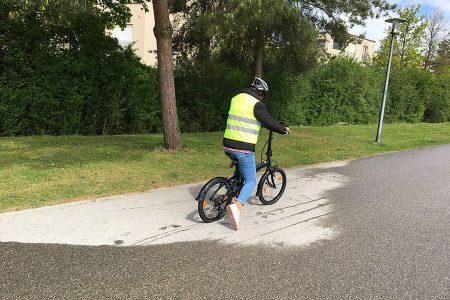 Nachbarschaftstreff Oslostraße: Fahrradkurs für Frauen (ein Kooperationsprojekt mit dem SOS Kinder- und Familientreff Messestadt Ost)
